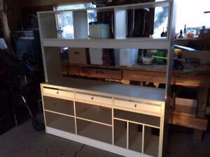 White expandable shelving/wall unit