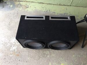 2 12' alpine subs in ported box with alpine amp. Kitchener / Waterloo Kitchener Area image 2