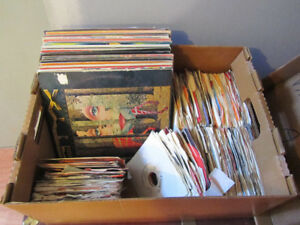 Lot de disques de VINYLES
