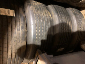 Brand new truck tires-425/65R22.5