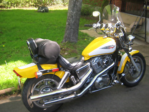 HONDA SHADOW VT1100C 1996. EXCELLENT CONDITION!