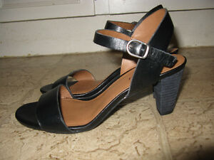 Lucky Brand women's Pepperr black dress shoes/sandals/pumps!