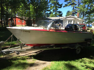 1961 Courtney Wooden Boat For Sale