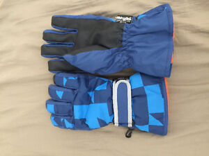 Snowboard jacket+pants+gloves! Sales for low price!