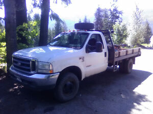 2004 Ford F-350 white single cab manual flatdeck 4x4 5th wheel