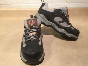 Women's Workload Steel Toe Work Shoes Size 4 London Ontario image 6