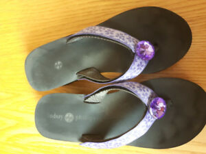 Lindsay Phillips Switch Flops & straps