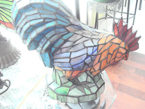 Large Tiffany Style Rooster Lamp