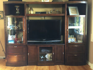 Concordia solid wood wall unit