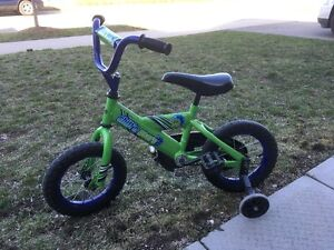 Jeep and bicycle for small kids.