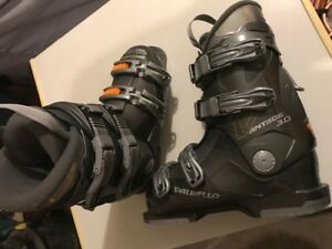 Ski boots *Reduced*