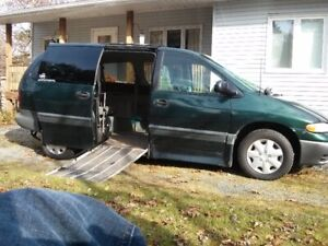 1998 Plymouth Voyager Drop Floor Minivan, Van
