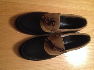 Weather Spirits Duck Boots - size 7 - new - Black