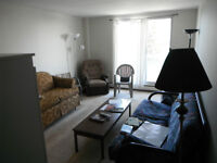 1 BR w Living Room-Spacious, Great location-Highland & Westmount