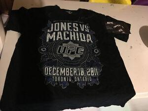 Jon Jones Lyoto Machida UFC 140 LE Signed event shirt #/20