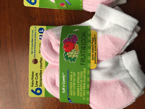 New! Fruit of the loom socks pack of 6 shoe size 7.5-11 Kitchener / Waterloo Kitchener Area image 2