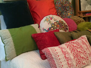 gorgeous pillows vintage and pier one collection West Island Greater Montréal image 1