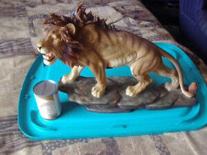 LION FIGURE (LARGE)