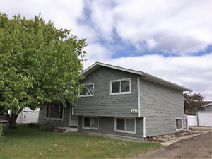 AVAILABLE JULY 1ST HOME FOR RENT - LACOMBE ALBERTA
