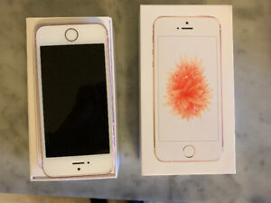 FOR SALE iPhone 5SE 64 GB Rose Gold