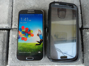 Samsung Galaxy S4 on Bell with Otterbox case $100 Firm