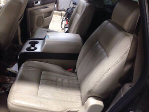 Tan Leather Seats for 03-06 Lincoln Navigator / Ford Expedition London Ontario image 3