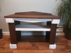 Rustic Deacons Bench With Shelf