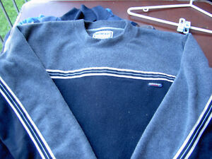 Assorted Sweaters Arizona Blues West Island Greater Montréal image 2