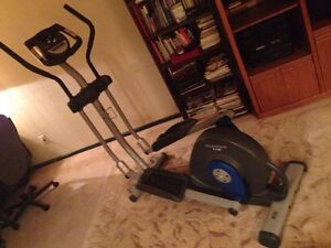 Elyptical Workout Machine (Nordic Track 130) London Ontario image 3