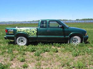 1999 GMC Sonoma Pickup Truck