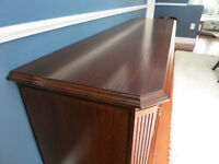 Exceptional Sideboard - Mint Condition - Lots of Storage