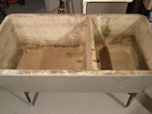 Concrete double laundry sink/lavabo double en ciment