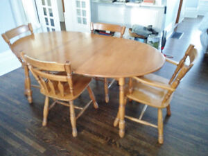 Beauty Solid Wood Table & Chairs [ DELIVERY Avail]