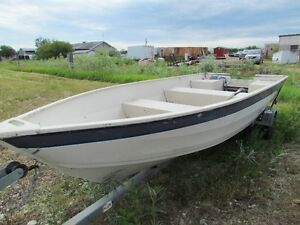 16' Crestliner Kodiak boat and trailer priced to sell!