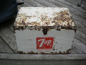 7 UP Chill Chest Cooler London Ontario image 1