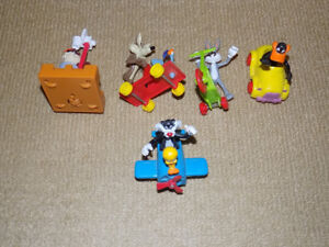 5 MIXED LOONEY TUNES FIGURES LOT 1989 MCDONALDS, BUGS, DAFFY TAZ