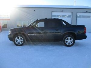 2007 Chevrolet Avalanche LT2 Lthr Roof 20's 4x4  MOVING SALE!!