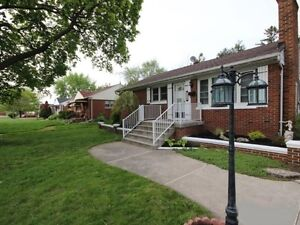 Wonderful 3 Bed 2 Bath House for Rent – South Windsor