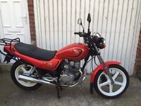 Honda CB 250 mint con £800 really looked after