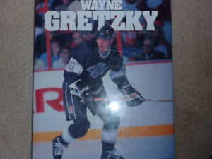 1992 WAYNE GRETZKY PICTURE BOOK LARGE FORMAT