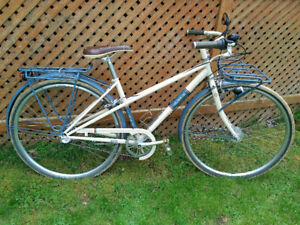 Trek Belleville WSD Eco bike - excellent condition