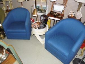 Pair Vintage Retro Mid Century Style Club Lounge Chairs