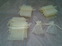 Yellow favor bags for wedding