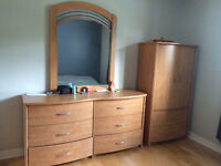 Matching 4 piece bedroom set- Real wood