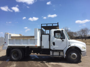 2005 Freightliner M2 Dump Truck - single axle - non emission Cat