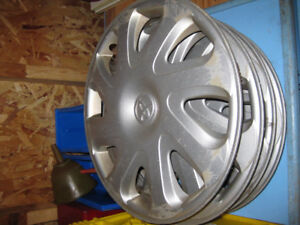 2001 Toyota Corolla hubcaps for sale