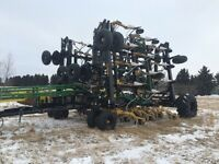 2015 johndeere  1910 with 60ft seed master