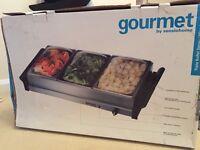 Gourmet Buffet Server