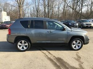 2012 JEEP COMPASS SPORT/NORTH * 4WD * LOW KM * $0 DOWN LOANS London Ontario image 7