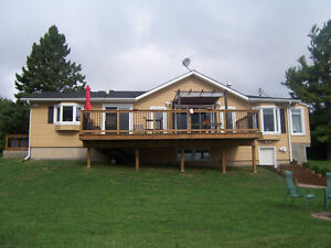 425 Foot Waterfront Home or Cottage with Walk-Out!